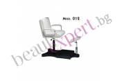 Carema - Педикюрен стол - модел 012