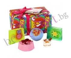 BOMB COSMETICS - Комплект Joy Noel Gift Pack